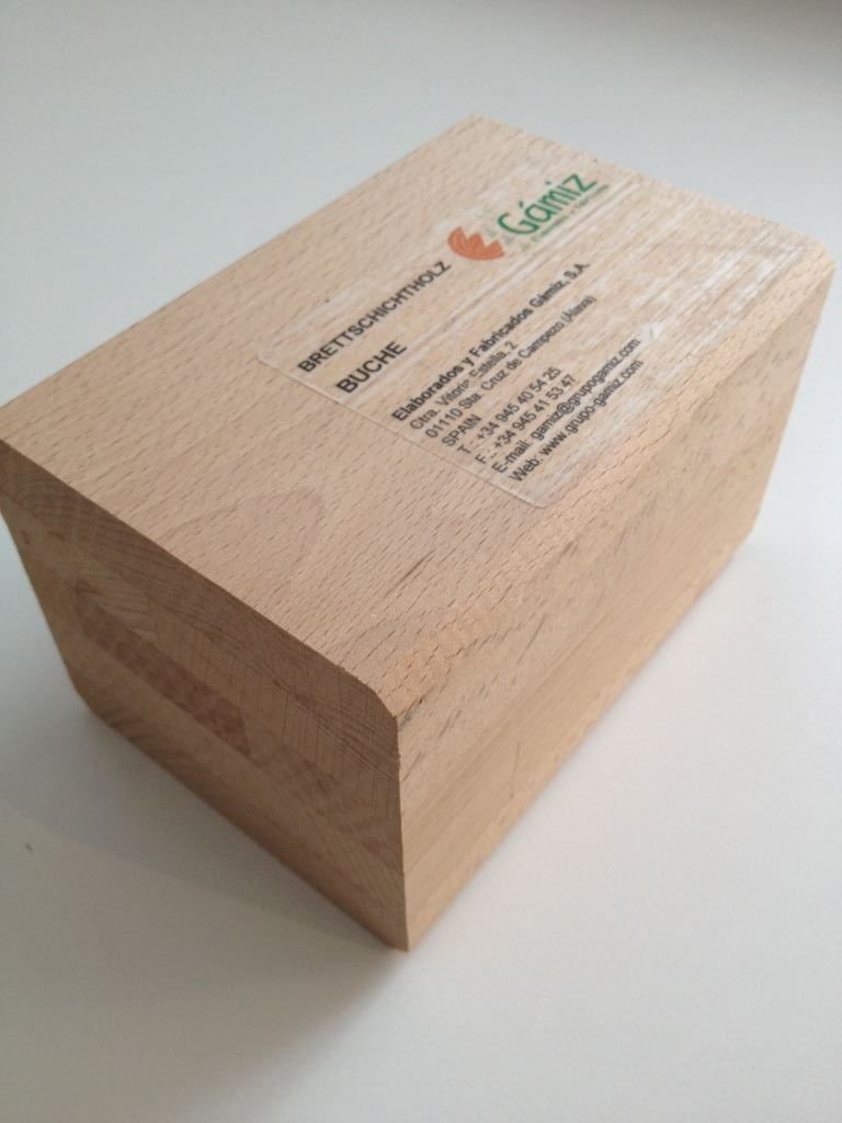 brettschichtholz-buche_handmuster