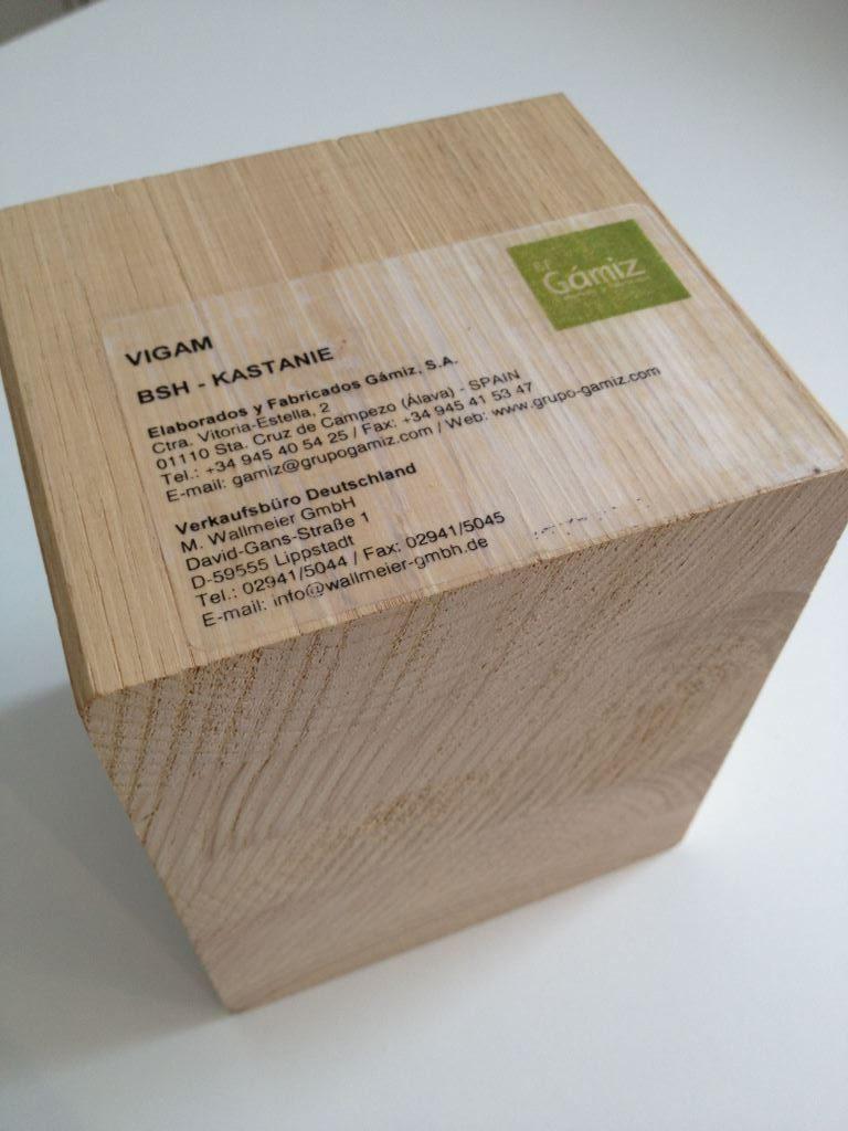 brettschichtholz-kastanie_handmuster