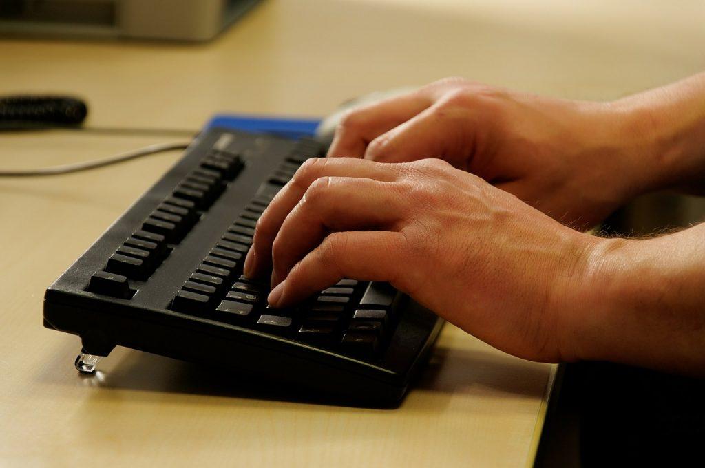Anfrage per E-Mail senden